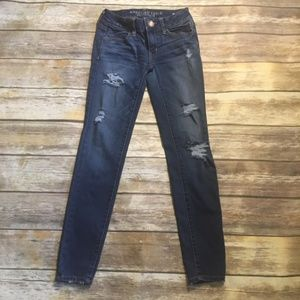 American Eagle Outfitter Distressed Jegging Jeans
